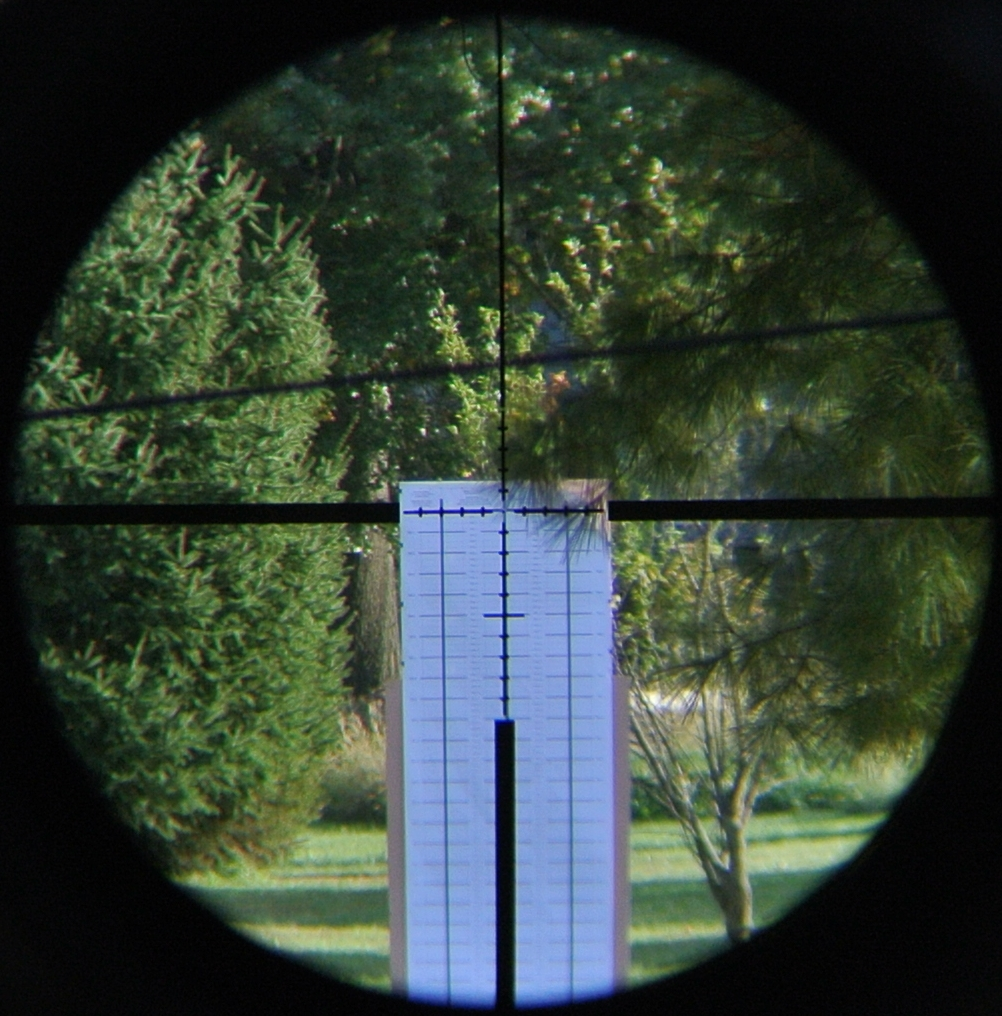 MR10 reticle in the Minox ZP-8 1-8x scope as viewed through the scope at 8x during mechanical testing